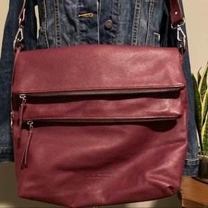 Pulicati RED LEATHER MESSENGER BAG